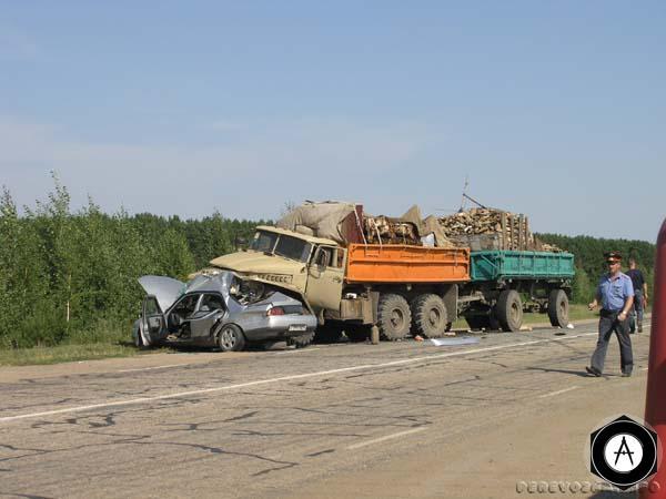 Урал, дрова и ВАЗ