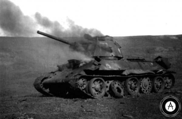 Т-34-76 горит