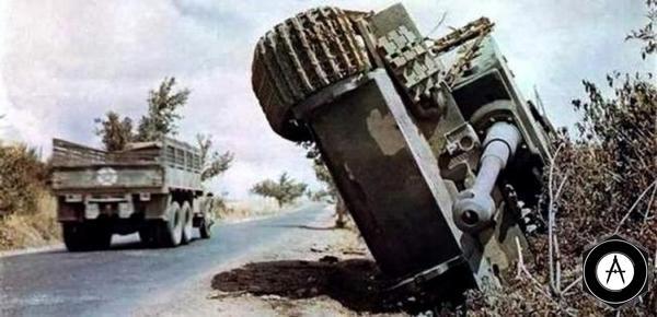 ТИГР Pz VI опрокинулся в Италии 1944