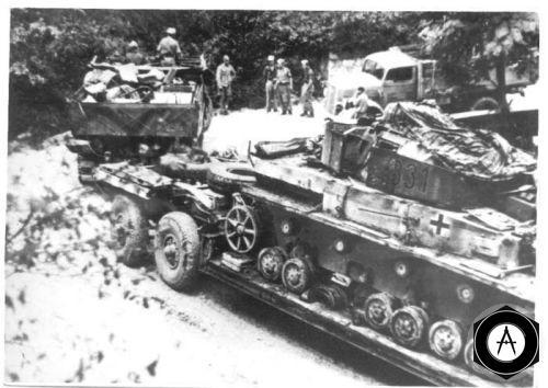 эвакуация поврежденного Танка Pz IV