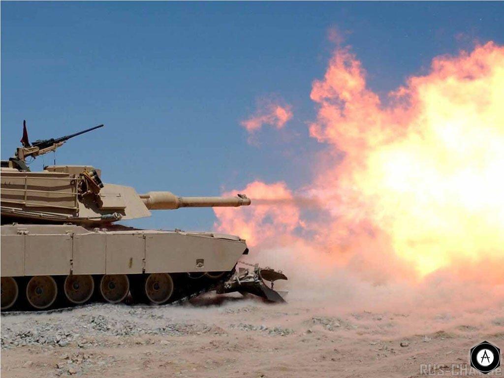 M1A1 Abrams Tank залп