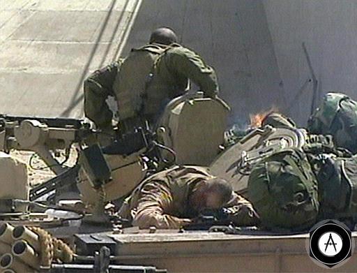 Танк Абрамс, подбитый во время восстания в Ираке