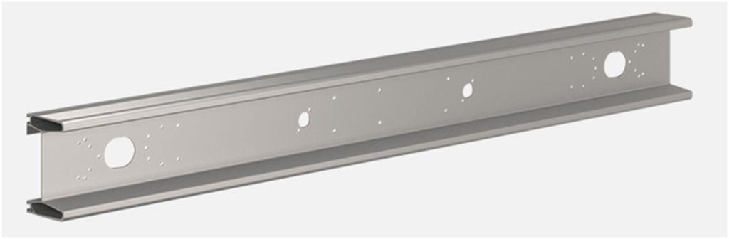 Бампер задний алюминиевый  с отверстиями_(TK7810)
