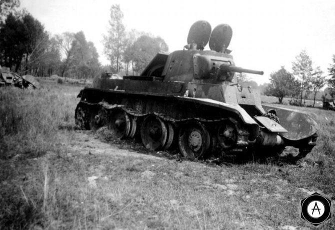 подбитые БТ-7 1941