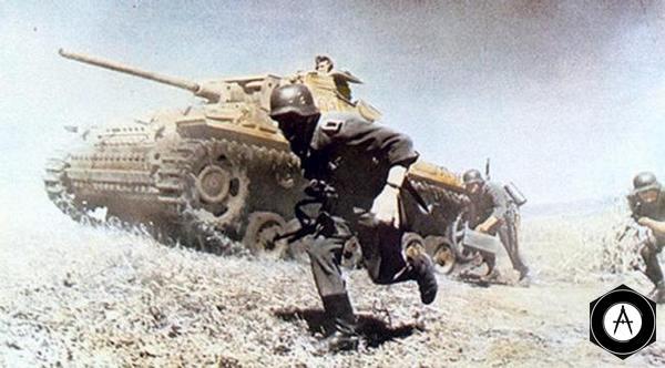 Pz III сопровождает пехоту