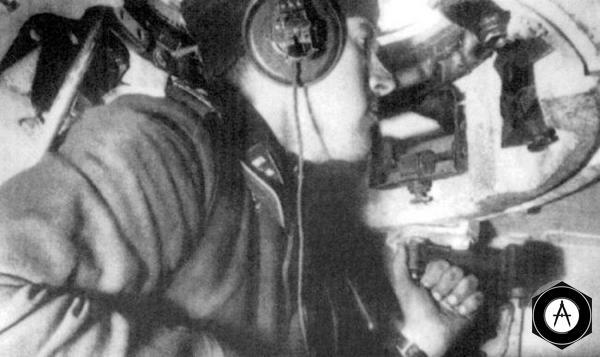 командир немецкого танка