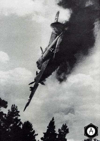 Ю-88 падает