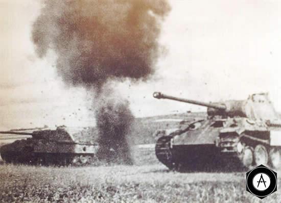 Атака танков Пантера