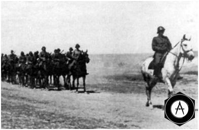 румынская кавалерия на марше