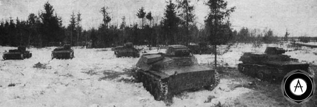 Т-40 и Т-38 (задний план) на исходном рубеже для атаки
