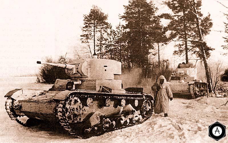 Танки Т-26 образца 1933 года вместе с пехотой