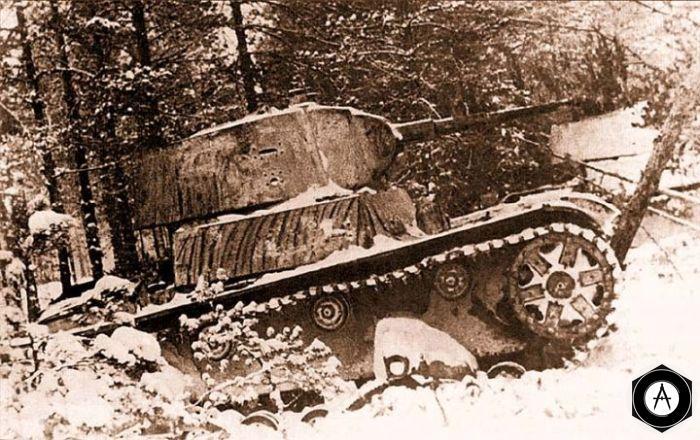 Танки Т-26 образца 1937 года с конической башней