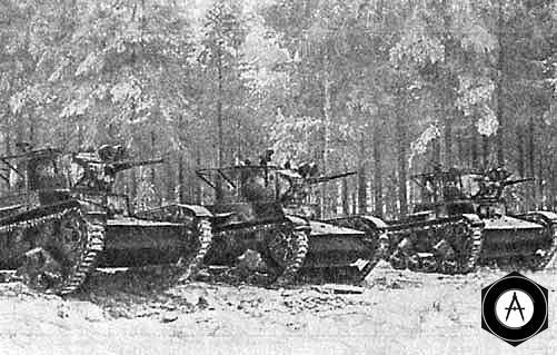 Танки Т-26 перед атакой