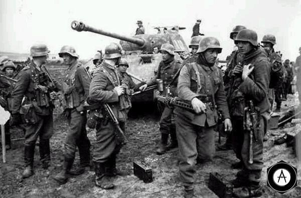 немцы перед атакой на исходной 1944
