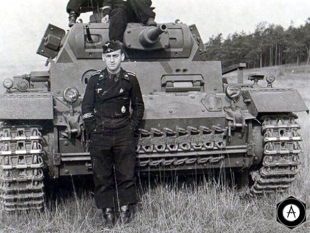 танкист СС
