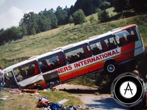 Автобус опрокинулся под Великим Новгородом