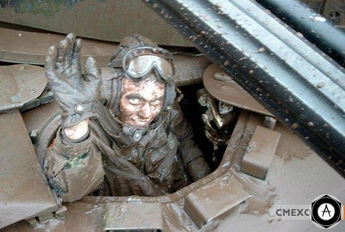 очень грязный танкист