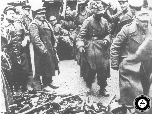 Капитуляция немецких солдат в Берлине, апрель 1945