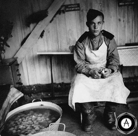 наряд по кухне май 1945
