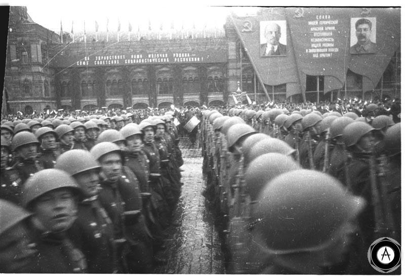 Парад Победы 1945 года-стрелки