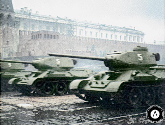 Т-34-85 Москва, Красная площадь, 24 июня 1945