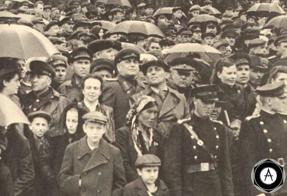 Парад победы 1945 года москвичи зрители