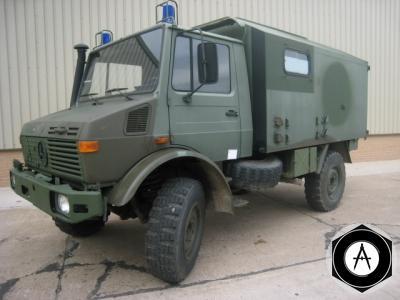 Микроавтобус UNIMOG 1300L 4x4
