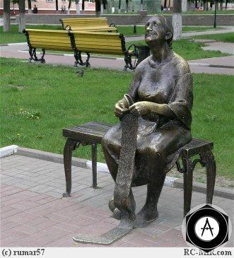 Белгород Бабушка вяжет носок (спицы крадут)