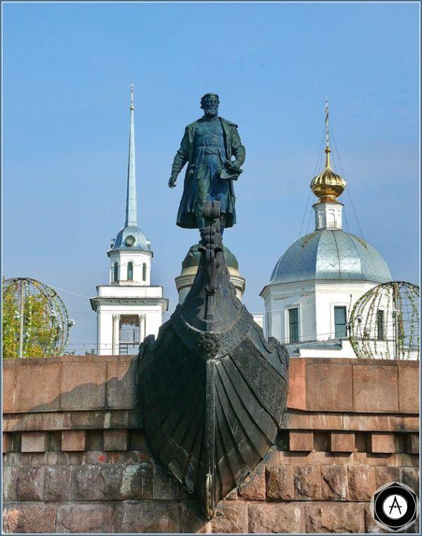Тверь Памятник Афанасию Никитину