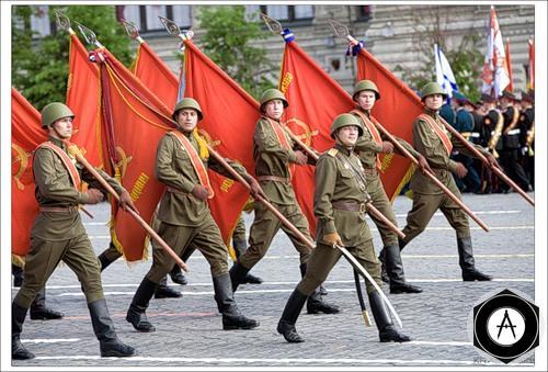 парад Победы 2005 знаменосцы