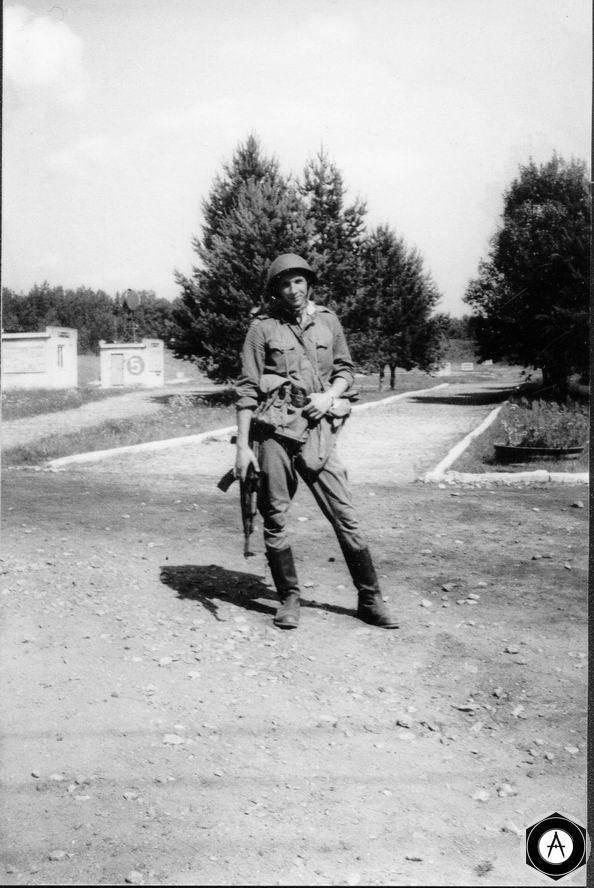 солдат СА с АК47