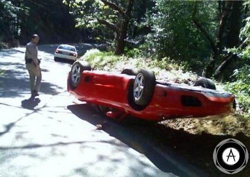 Ferrari 360 Modena принадлежала боссу одной из калифорнийских компаний  За рулем машины находится работник этой компании