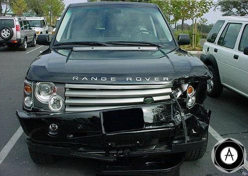 Работник сервисного центра, перегоняя BMW M3 клиенту, не справился с управлением и врезался в дерево