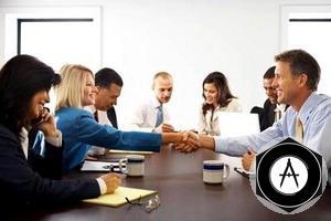 business-etiquette Золотые правила общения для амбициозных карьеристов
