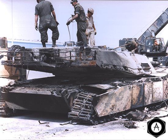 Abrams сгорел в Ираке