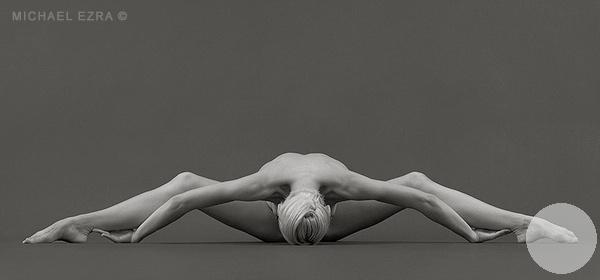 гимнастическая фотография ломаная в стороны