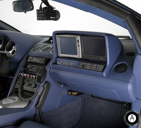 Lamborghini Gallardo LP560-4 Polizia inside2