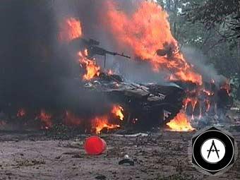 горит подбитый грузинский танк
